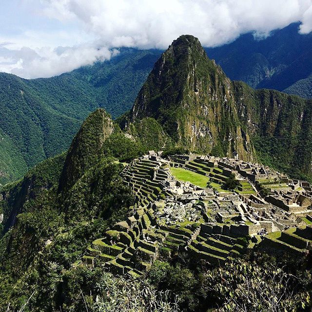 Anyone have a trip planned to Peru?! Take us with you please😩  #EasyGoTraveler #LearnToWander #Travel #FirstClass #Peru #MachuPicchu #TravelPeru