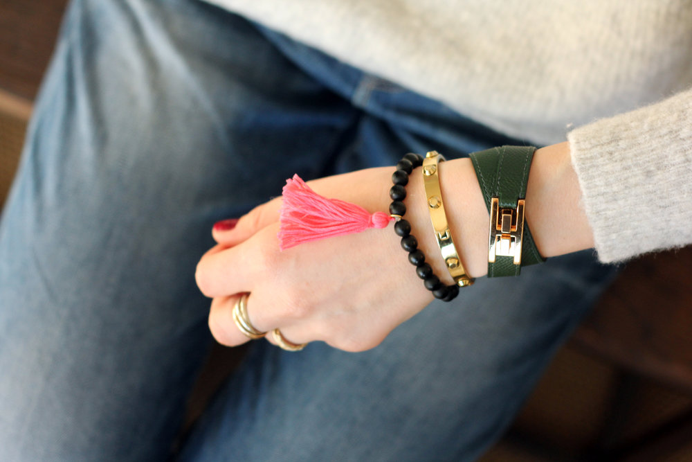 How-to-make-a-tassel-bracelet-diy