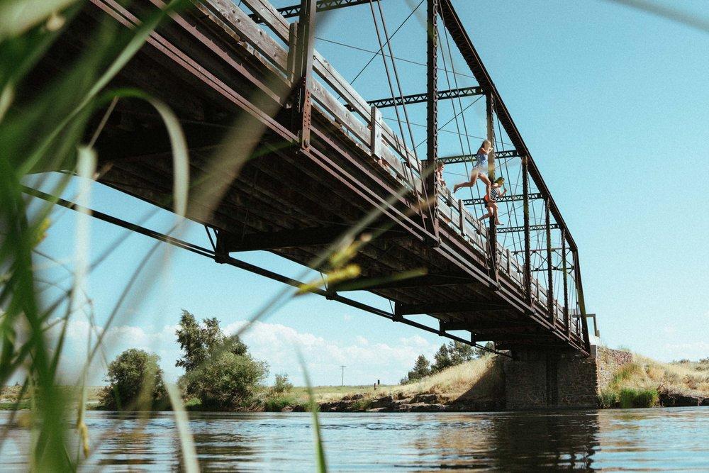 idaho-bridge-jumping-14.jpg