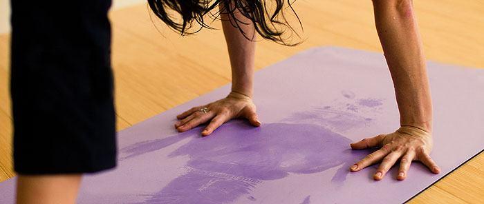 yoga_mat_sweat.jpg