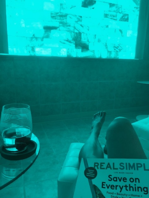 LOVE the salt room - the Himalayan wall changes colors, very zen. Good magazines too!