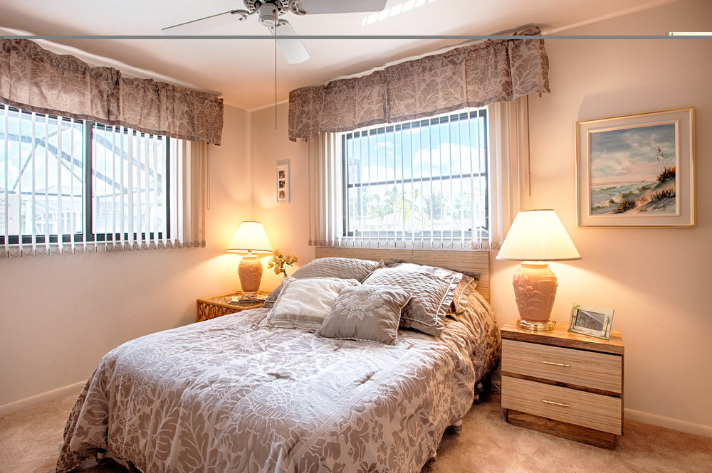 Nana's Bedroom.jpg