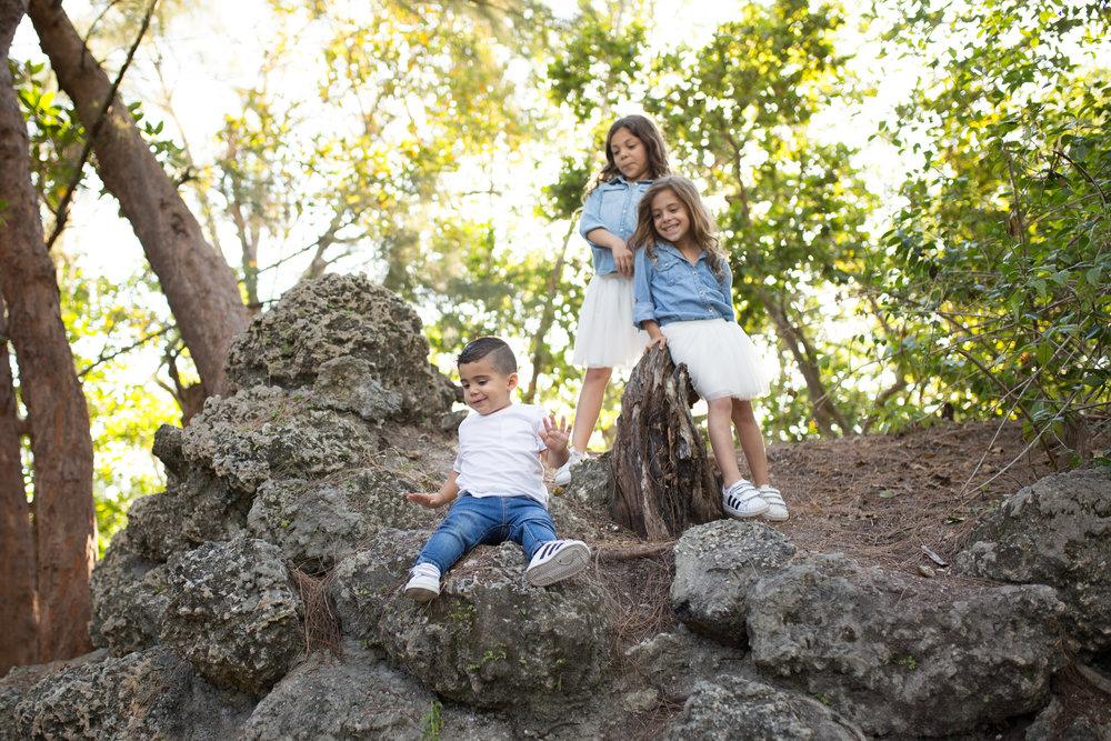 lifestyle child newborn family photography.jpg