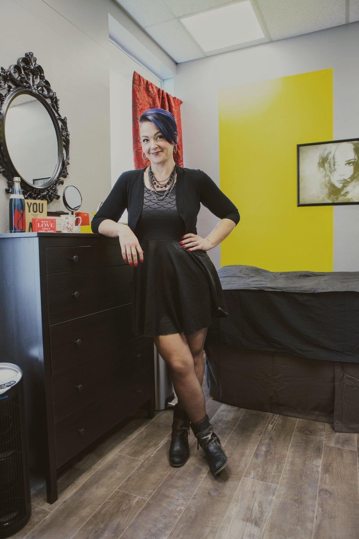 Amanda in her room.jpg