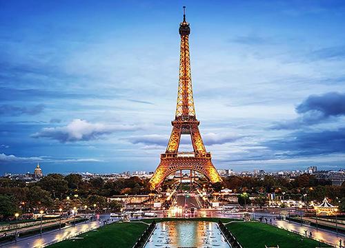 eiffel-tower-paris.png