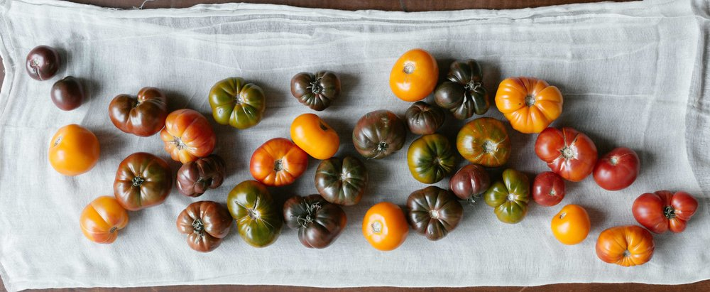 local-heirloom-tomatoes-riverwards-produce.jpg