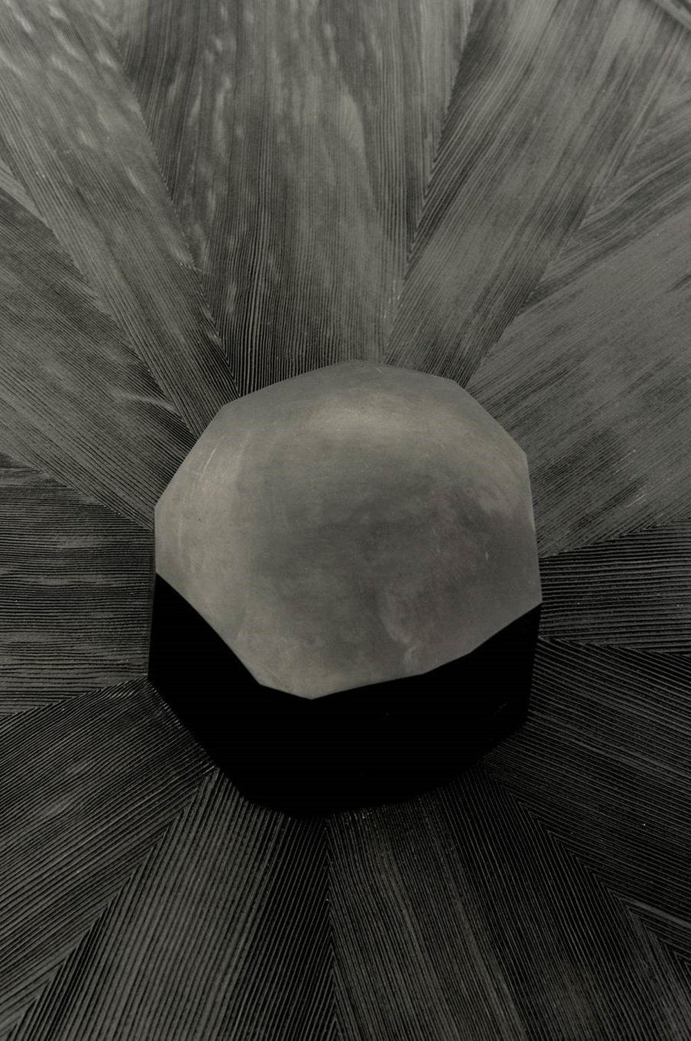 Blackwebwood-boutdecanape-detail2.jpg
