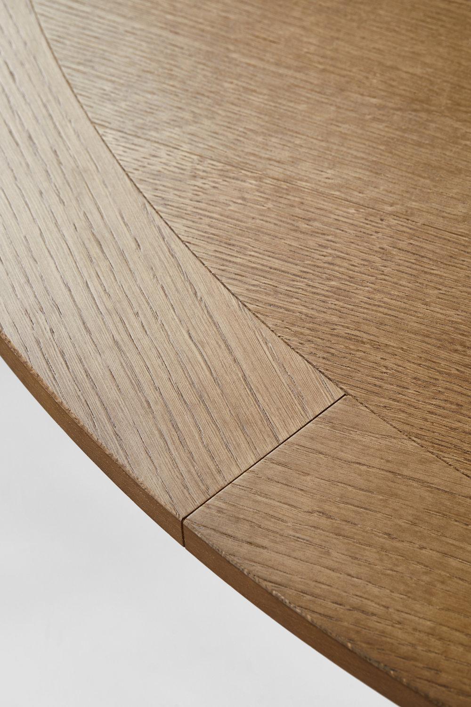 Alambria-table-2019-detail.jpg