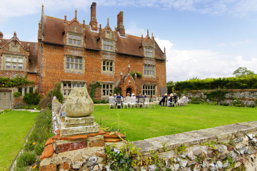 Hautbois Hall Norwich , Magician Norfolk
