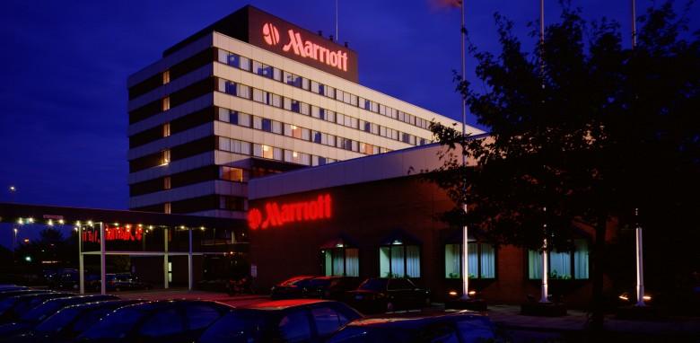 Marriott Hotel  - Magician Southampton