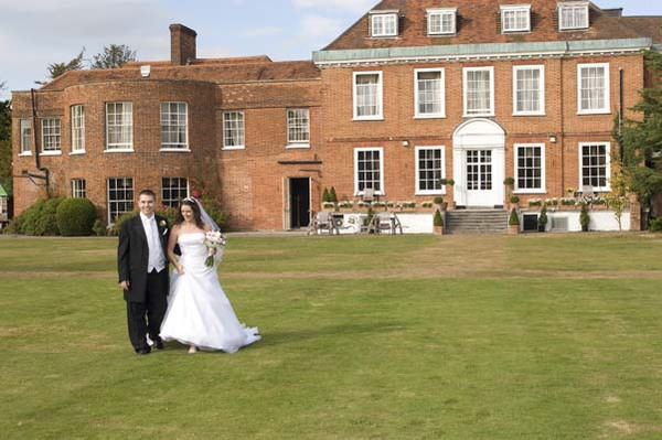 Stoke Place Hotel  - Windsor Wedding Magician
