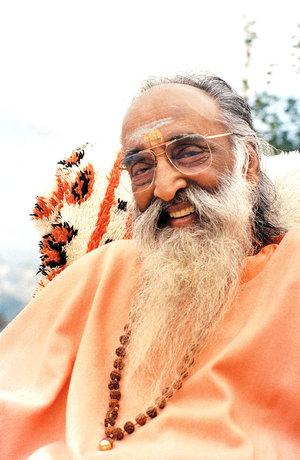 Swami Chinmayananada.jpg