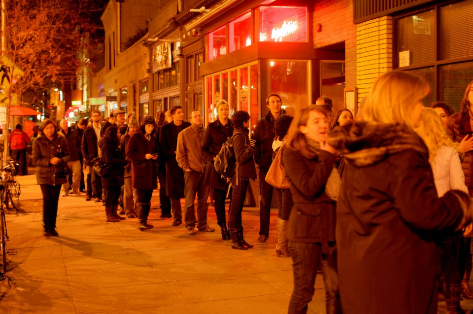 The line on 14th St. NW in front of Black Cat DC for Story League Sings