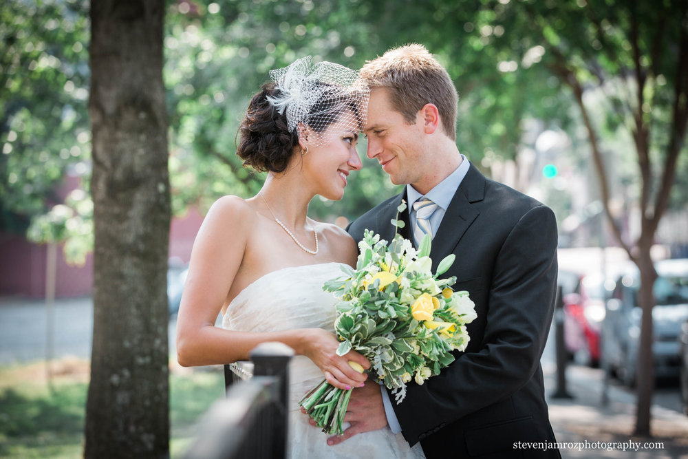sidewalk-raleigh-wedding-portrait-steven-jamroz-photography-0106.jpg
