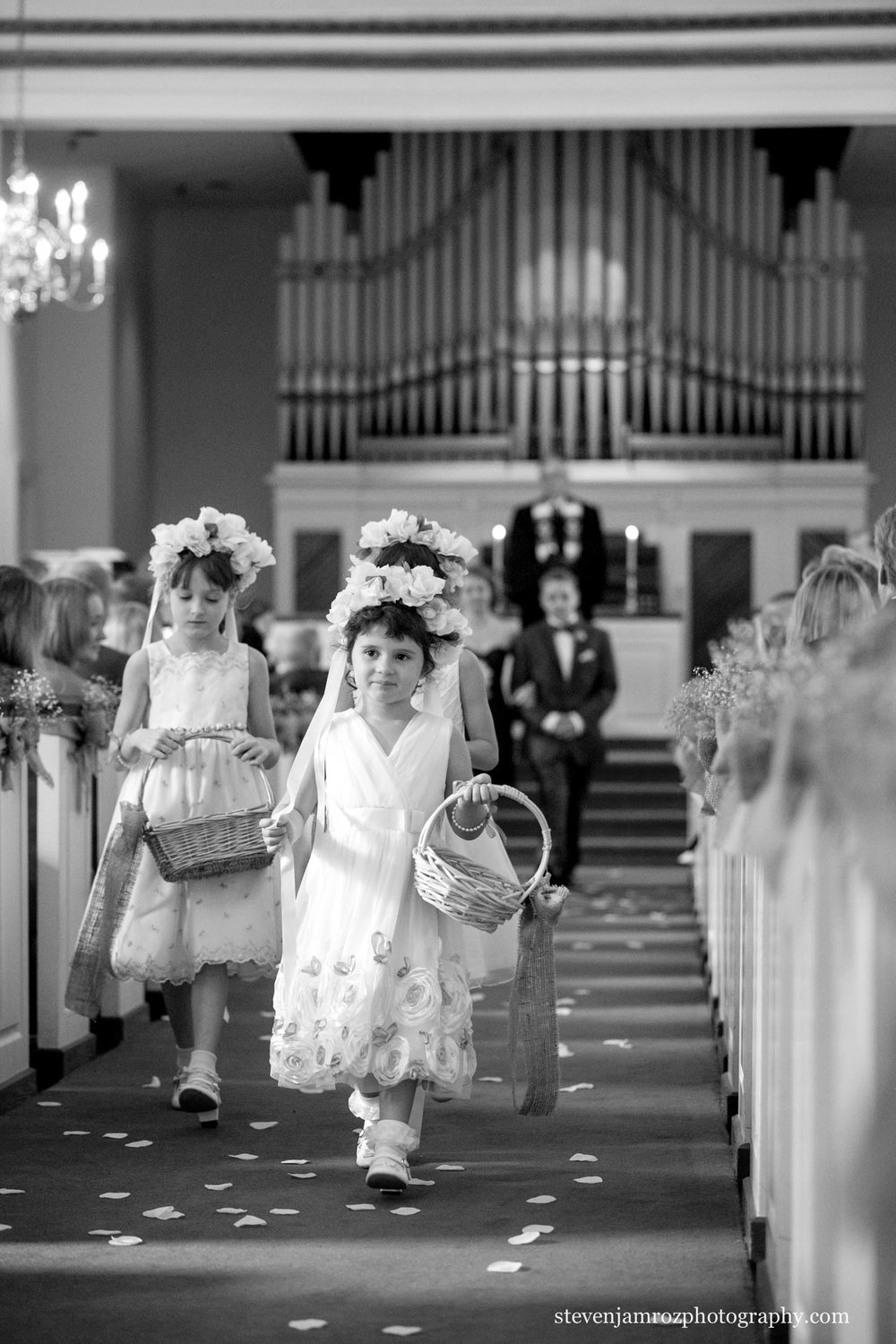 dinwiddie-chapel-wedding-raleigh-steven-jamroz-photography-0317.jpg