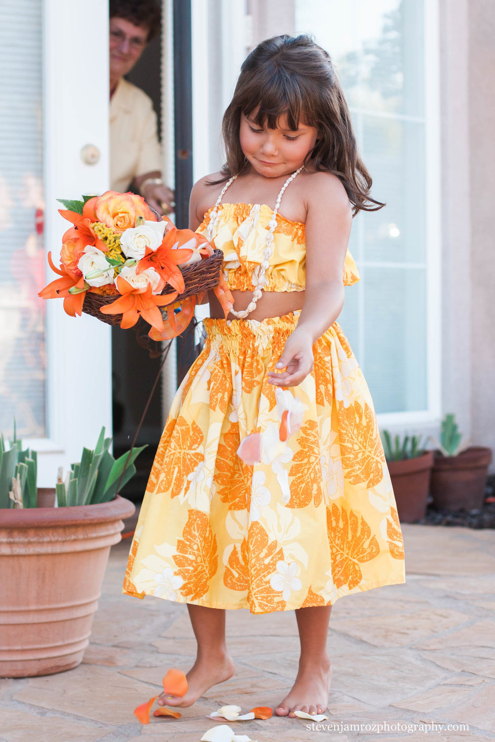 adorable-flowergirl-steven-jamroz-photography-0267.jpg