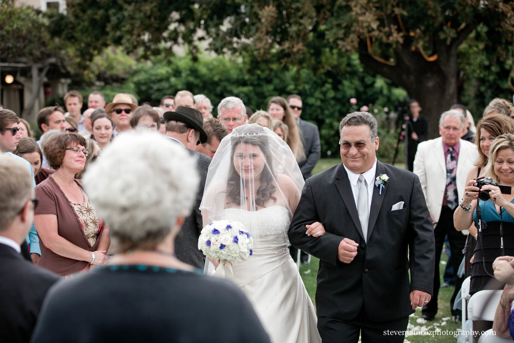 dad-walking-bride-down-aisle-raleigh-steven-jamroz-photography-0236.jpg
