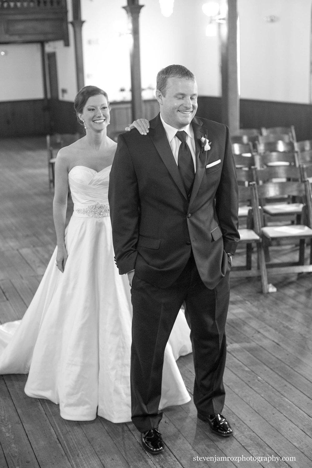 bride-first-look-all-saints-chapel-raleigh-steven-jamroz-photography-0546.jpg
