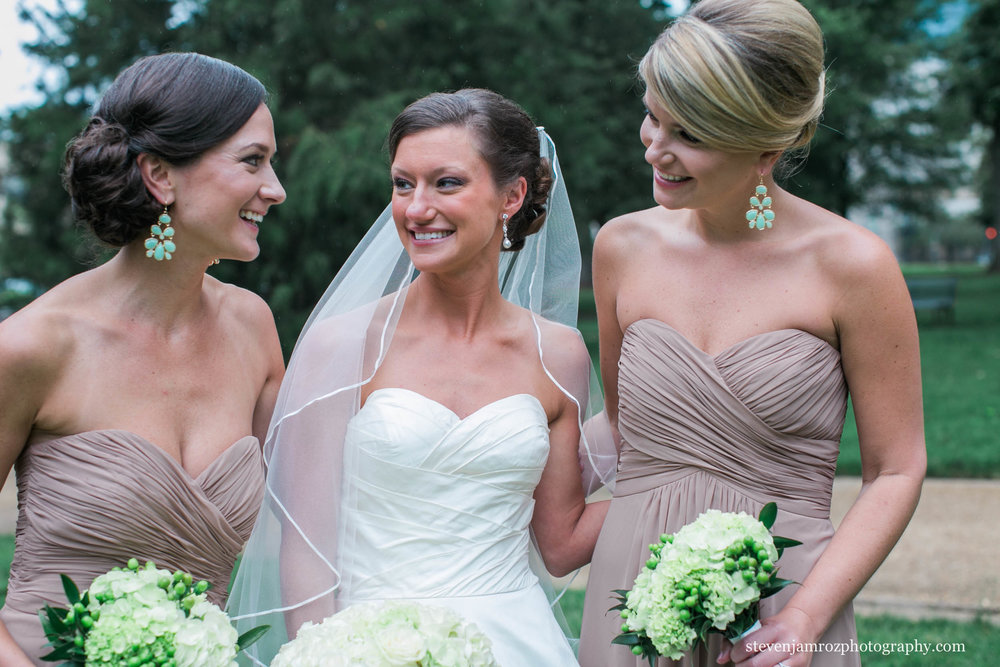 bride-three-bridesmaids-raleigh-photography-0951.jpg