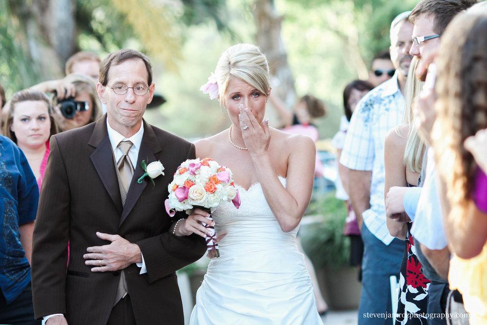 bride-walk-down-aisle-raleigh-steven-jamroz-photography-0595.jpg
