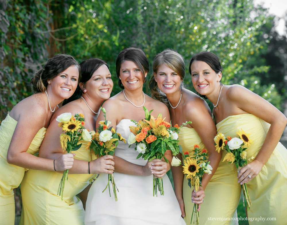 bride-yellow-bridesmaids-dresses-wedding-steven-jamroz-photography-0514.jpg