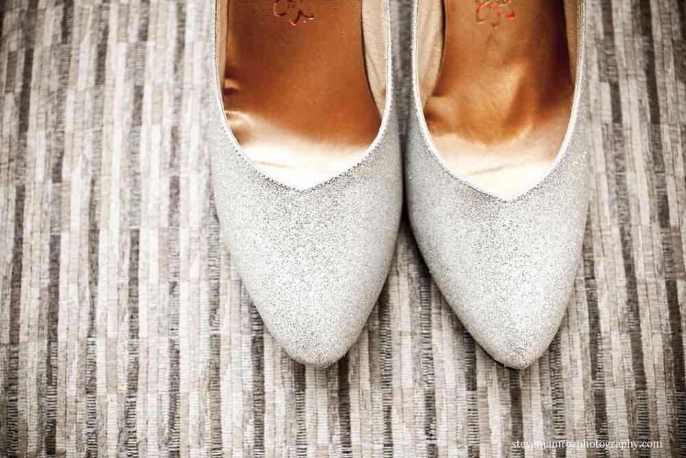 brides-shoes-wedding-durham-steven-jamroz-0680.jpg