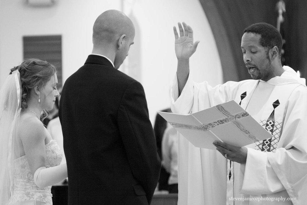 church-chapel-wedding-raleigh-photographer-0958.jpg