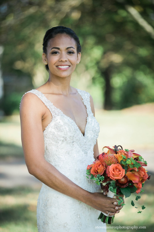 classic-wedding-dress-portrait-hudson-manor-wedding-0797.jpg