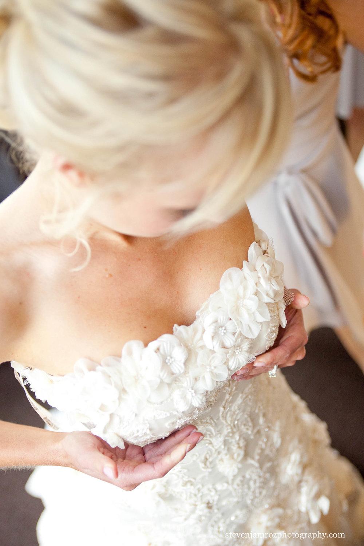 couter-dress-raleigh-bride-wedding-photographer-0765.jpg