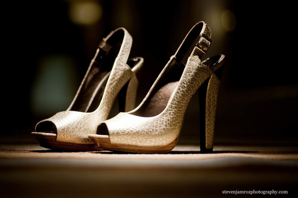 high-heel-shoes-wedding-photography-steven-jamroz-photography-0229.jpg
