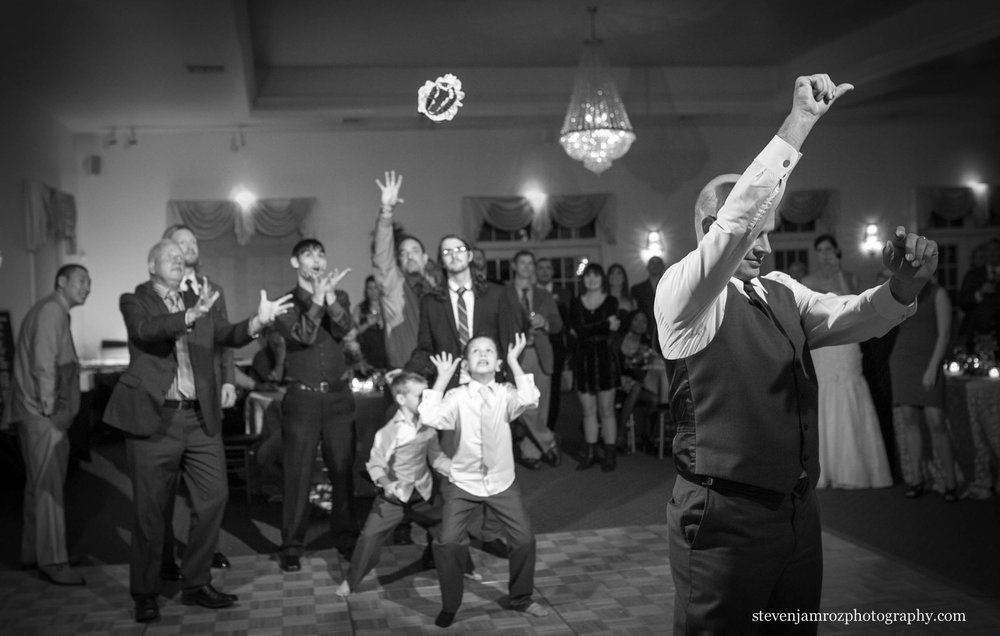 photojournalism-wedding-photographer-hudson-manor-steven-jamroz-0757.jpg