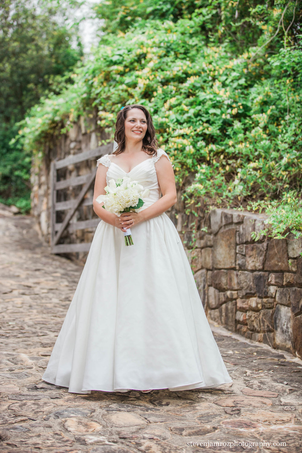 pretty-bride-yates-mill-raleigh-steven-jamroz-photography-0528.jpg