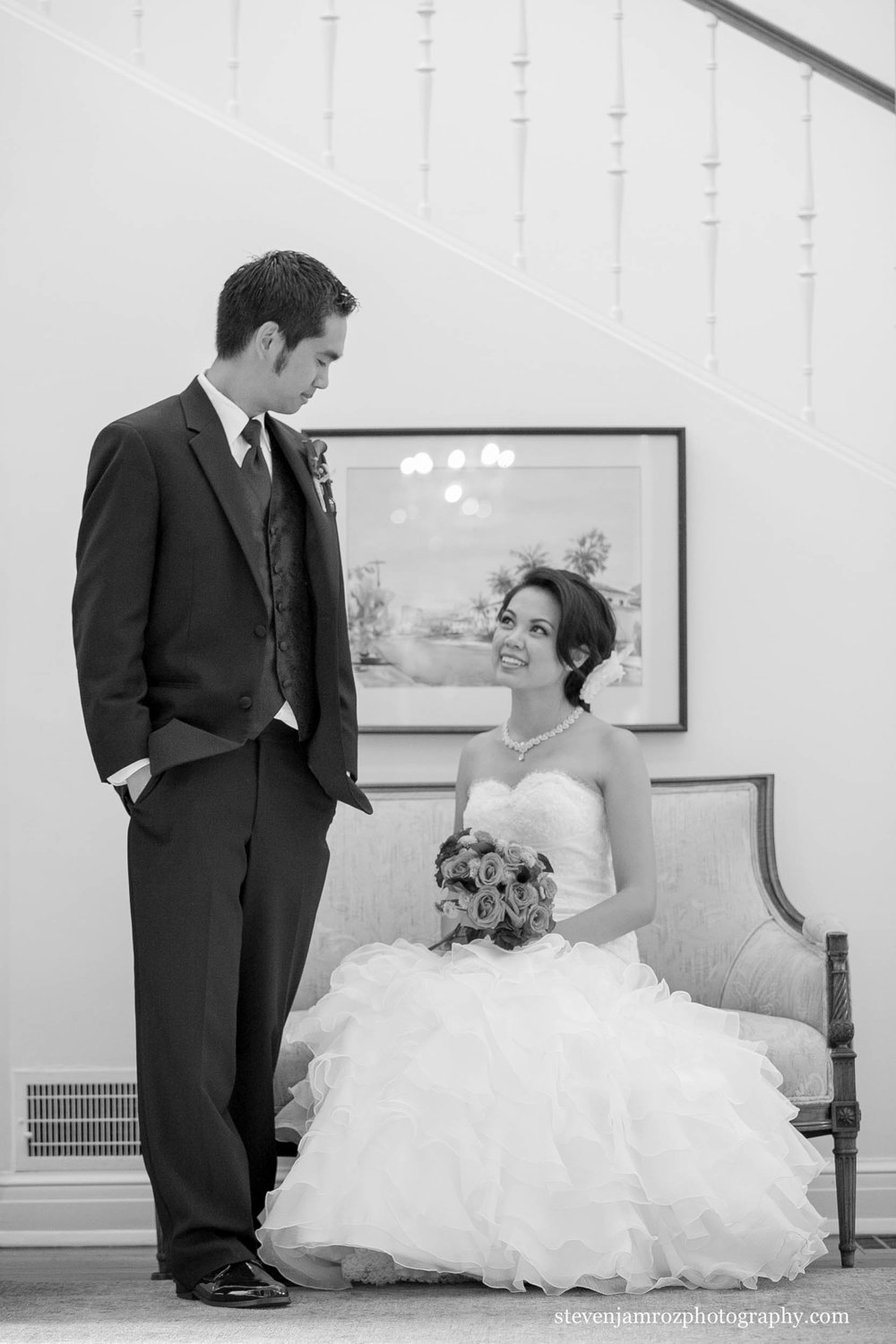 pretty-dress-groom-wedding-in-raleigh-steven-jamroz-photography-0234.jpg