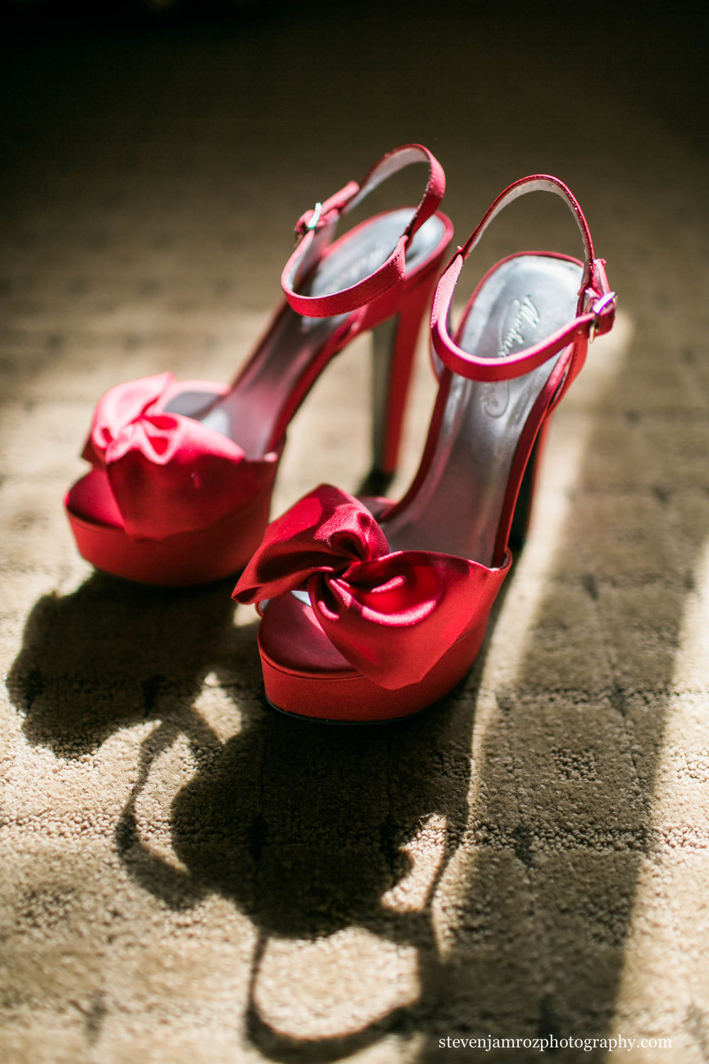red-wedding-high-heels-bride-steven-jamroz-photography-0018.jpg