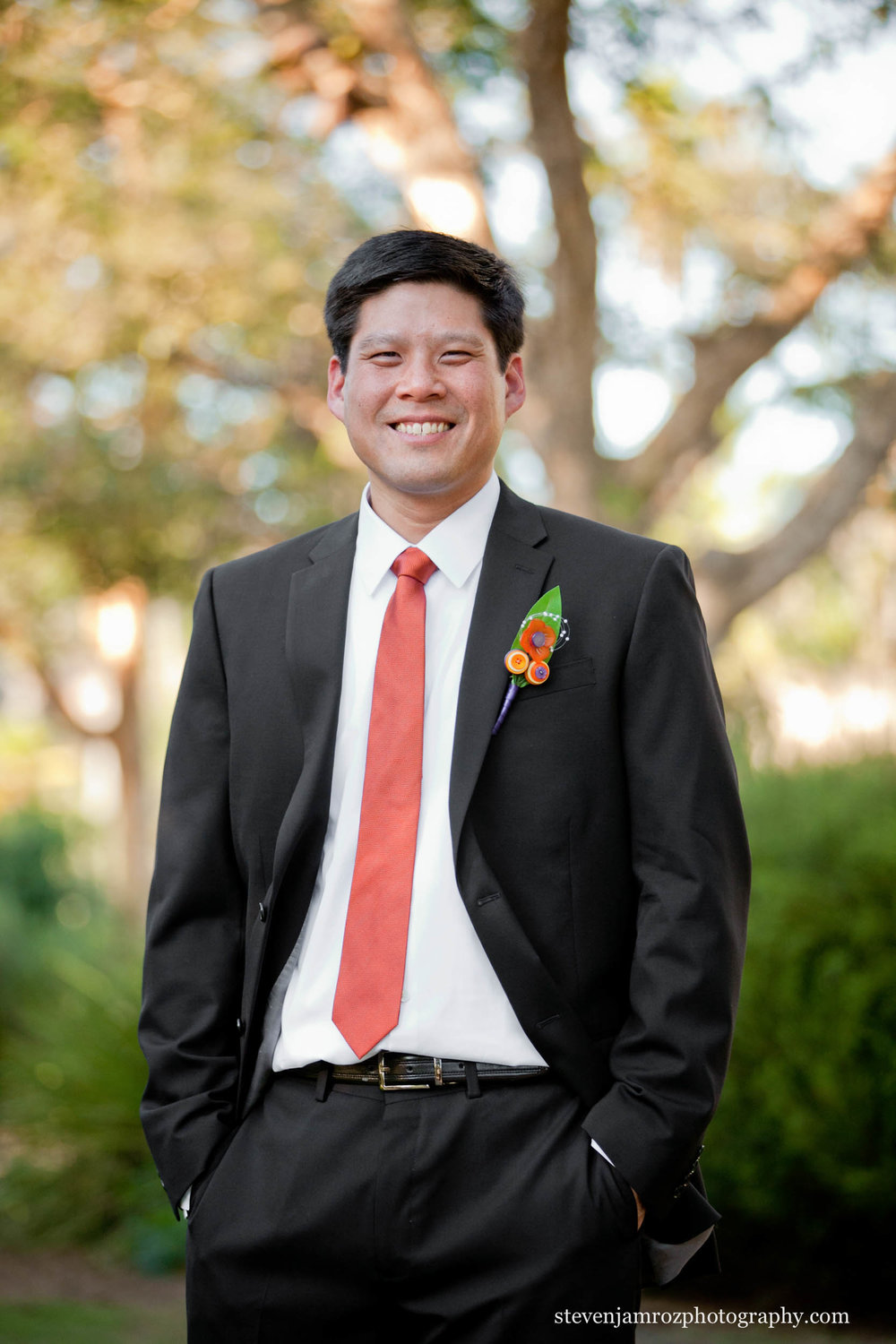 relaxed-groomsman-portrait-raleigh-photographer-0137.jpg