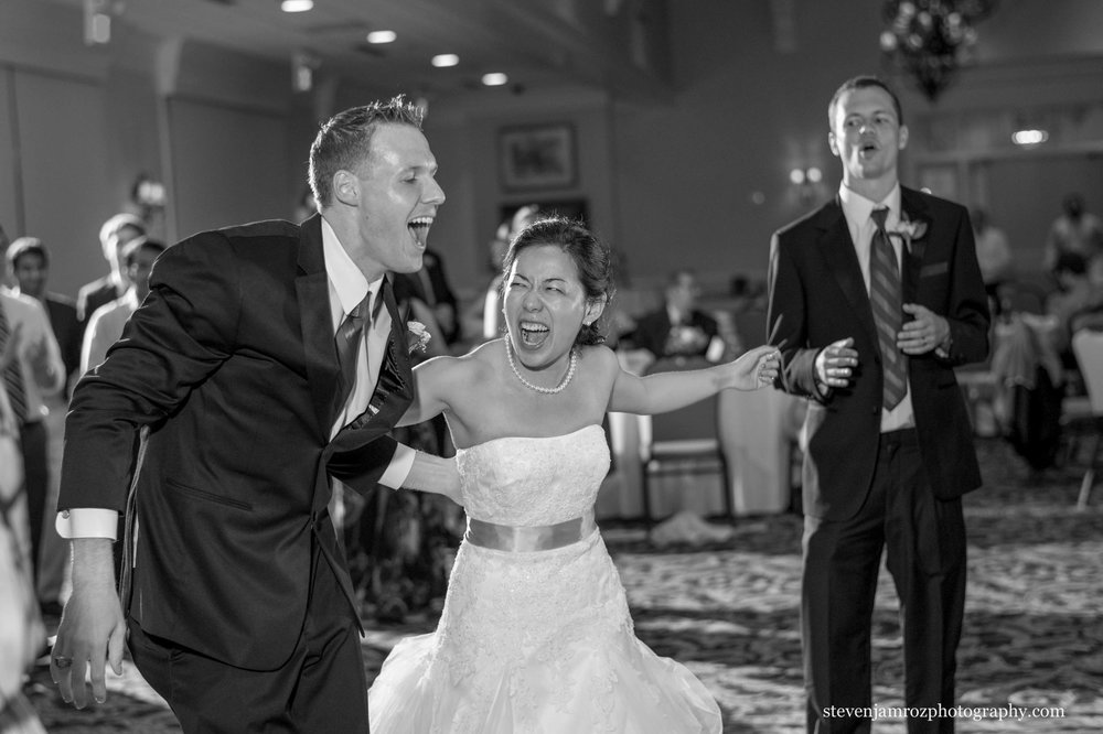 rose-hill-bride-dances-and-has-fun-wedding-photographer-0795.jpg