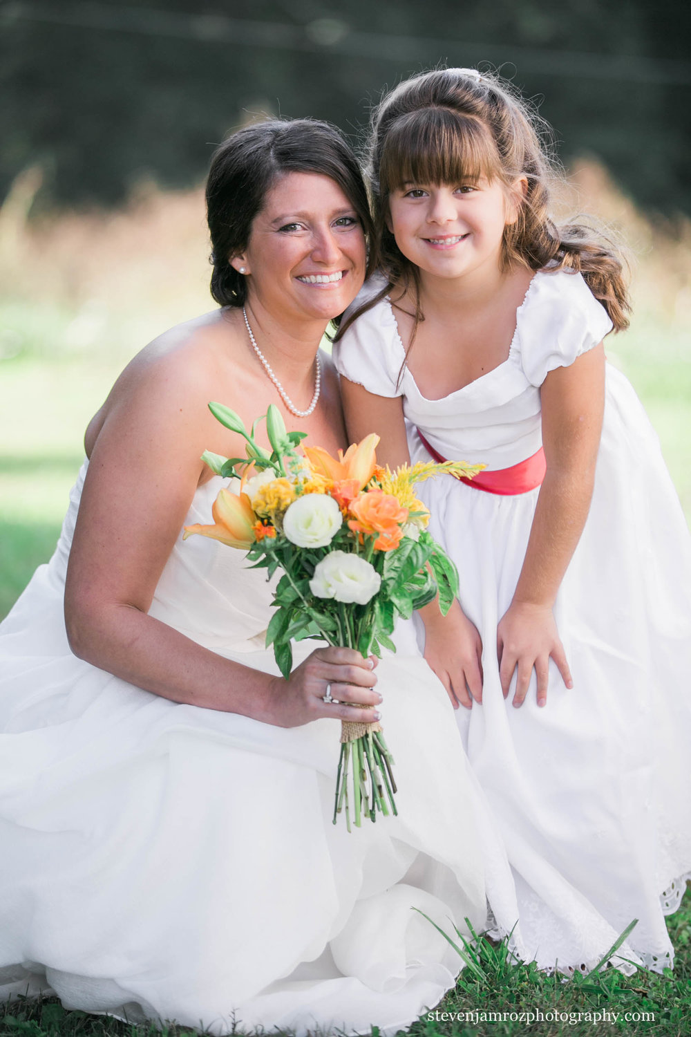snipes-farm-wedding-flower-girl-steven-jamroz-photography-0451.jpg