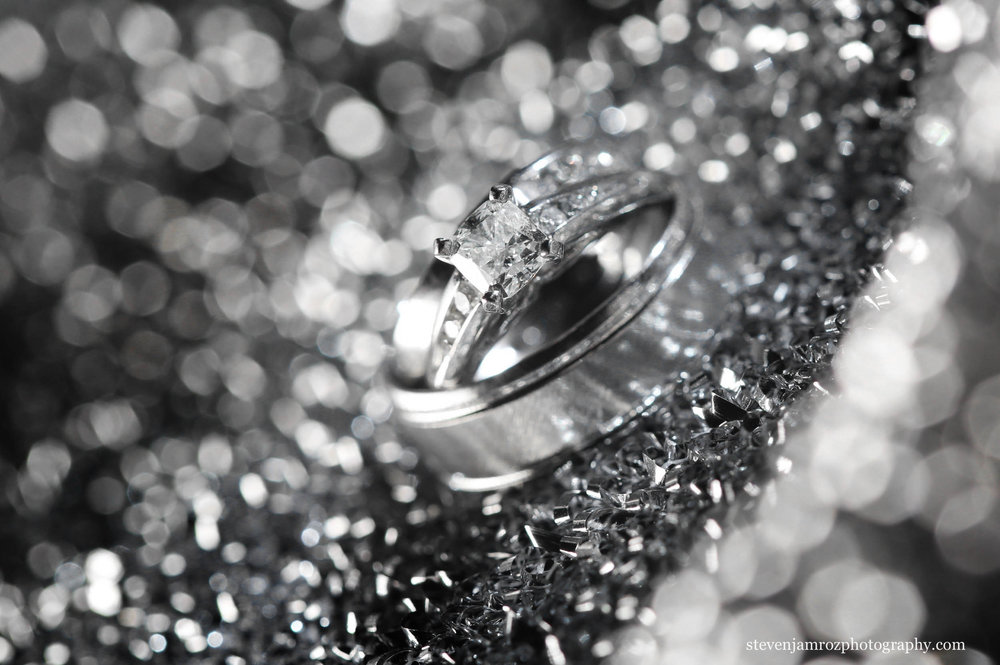 sparkling-wedding-ring-steven-jamroz-photography-0333.jpg