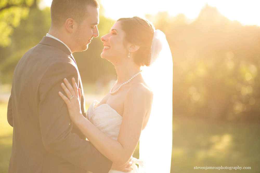 sunflare-portrait-bride-groom-wedding-raleigh-steven-jamroz-photography-0331.jpg