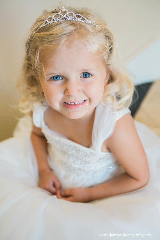 sweet-blonde-girl-portrait-wedding-raleigh-steven-jamroz-photography-0298.jpg