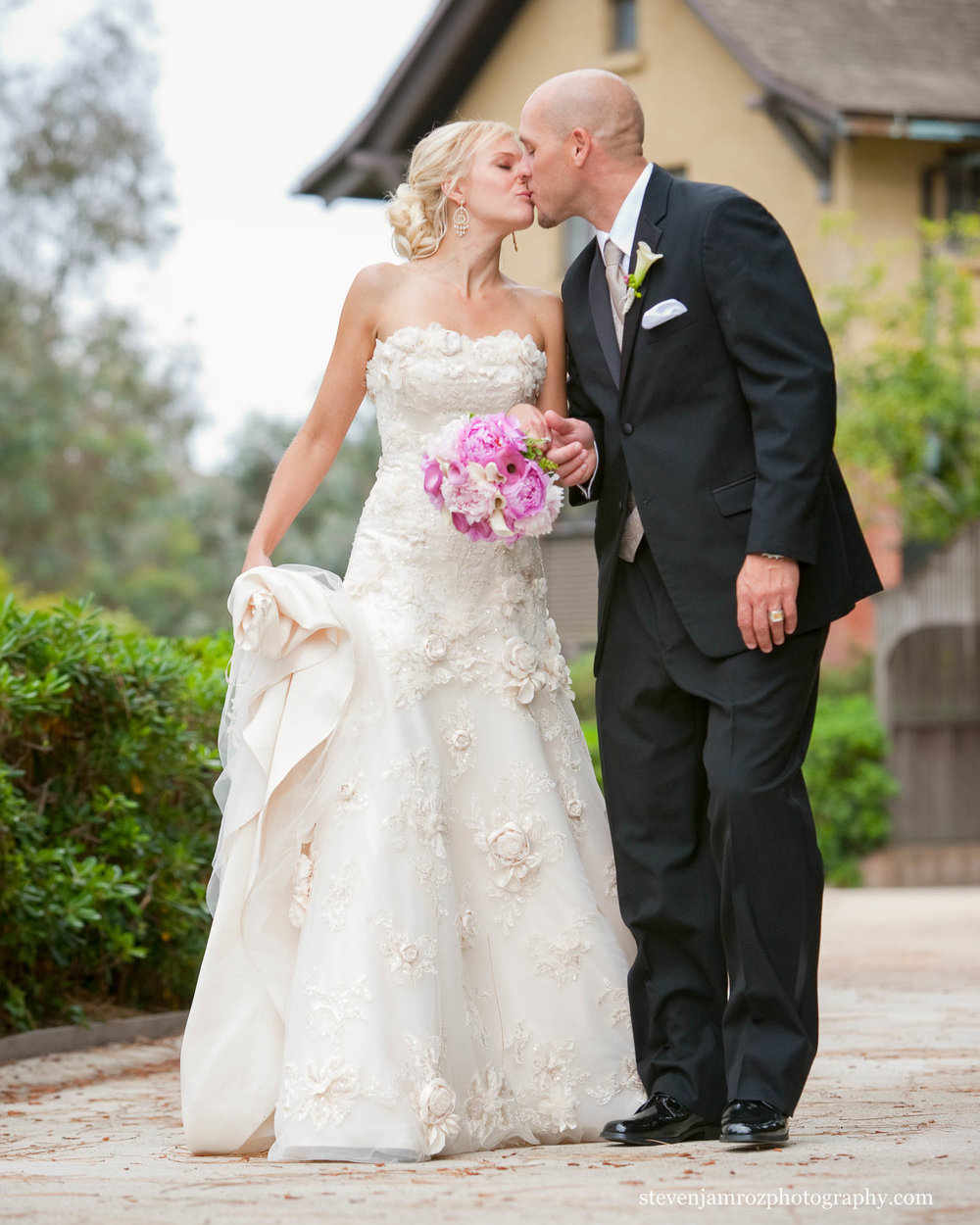 very-pretty-bride-wedding-raleigh-nc-steven-jamroz-photography-0033.jpg