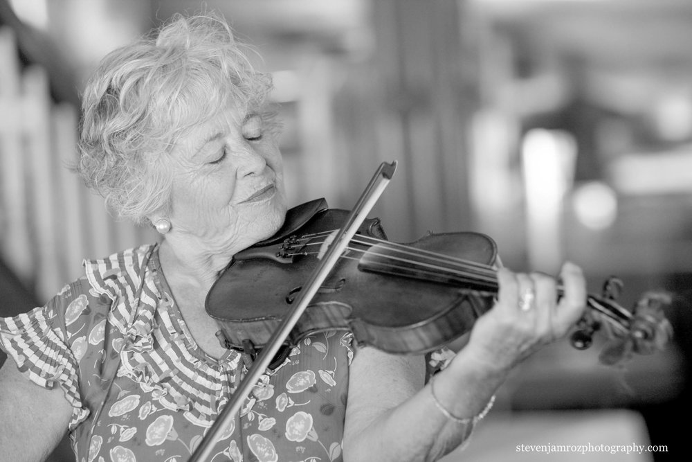 violinist-raleigh-nc-wedding-venues-reviews-pricing-0844.jpg