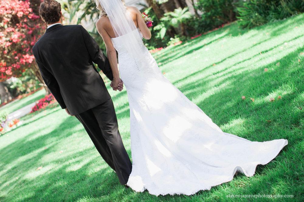 walking-bride-groom-wedding-raleigh-steven-jamroz-0681.jpg