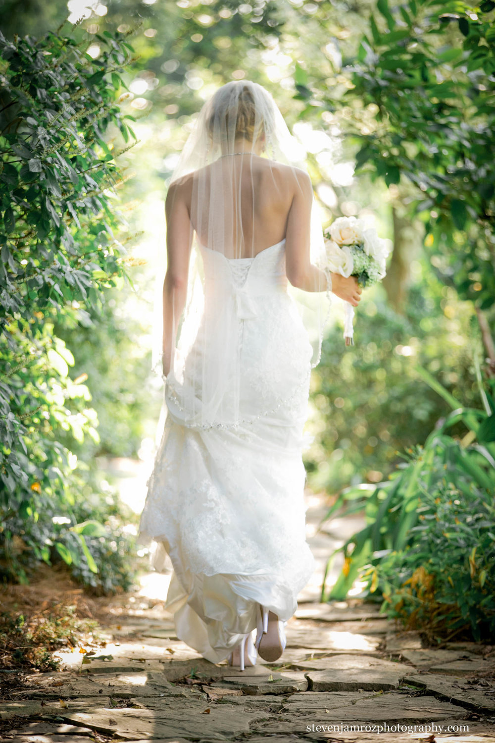walking-bride-nc-state-jc-raulston-arboretum-wedding-steven-jamroz-photography-0459.jpg