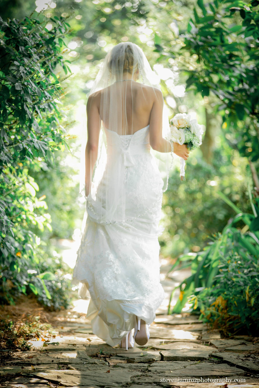 walking-bride-raleigh-nc-steven-jamroz-photography-0055.jpg