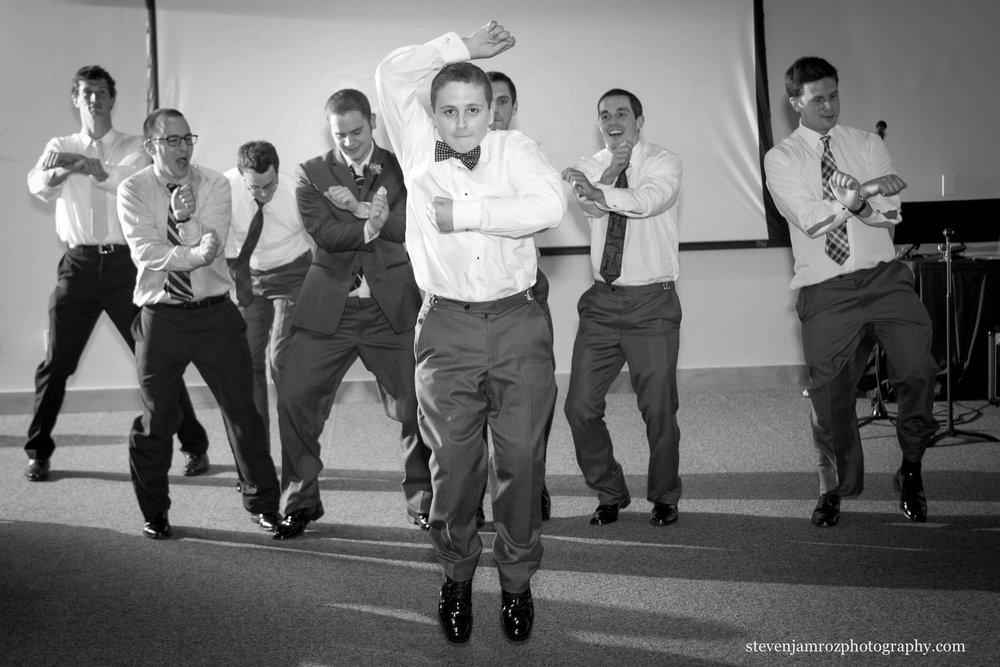 wedding-party-dances-marbles-museum-steven-jamroz-photography-0502.jpg