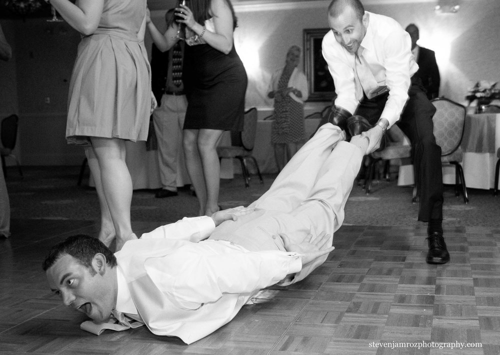 wedding-party-dancing-steven-jamroz-photography-0499.jpg