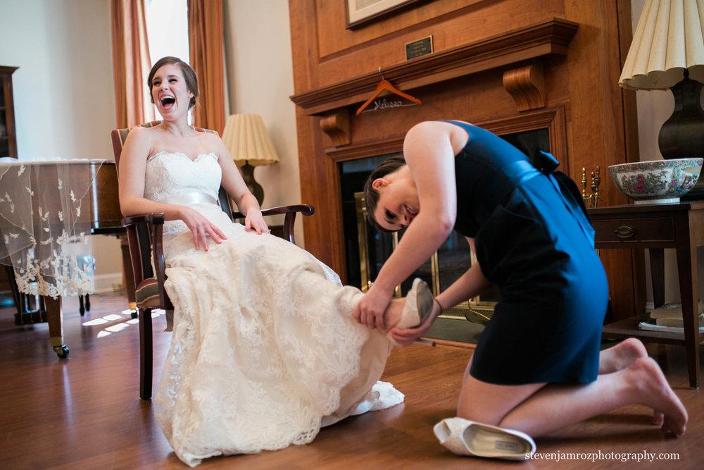 wedding-venues-reviews-meredith-college-nc-jones-chapel-0906.jpg