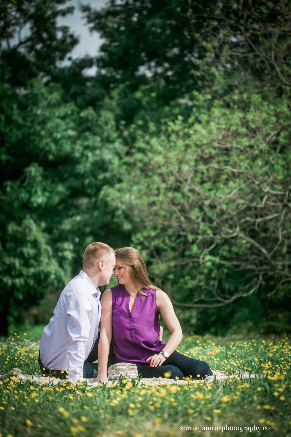 fred-fletcher-park-raleigh-downtown-engagement-photos.jpg
