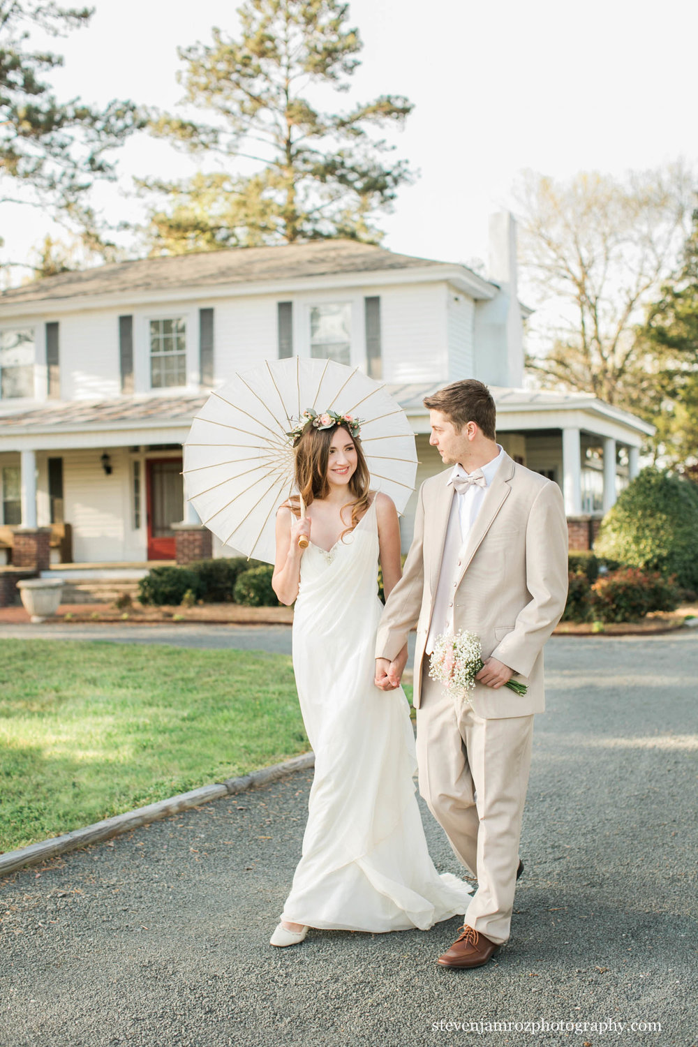 fashion-bride-groom-styled-shoot-cedar-grove-acres.jpg